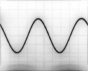 Generator przebiegów arbitralnych - przebieg sinus 1kHz